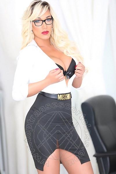 Penelope Hilton  ROMA 3290921595